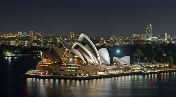 Sydney Opera House by Photo by Diliff, Creative Commons