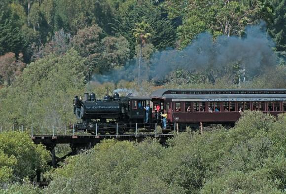 Train crossing, Antonelli Pond in West Santa Cruz by Flickr User Drew Jacksich (Creative Commons)